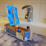 Recycling-Kunst f?r Kinder: Ein Tetrapak-Schiff